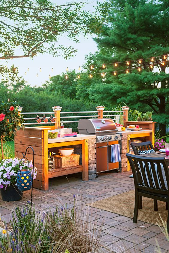 Build an Outdoor Kitchen and Dining Area
